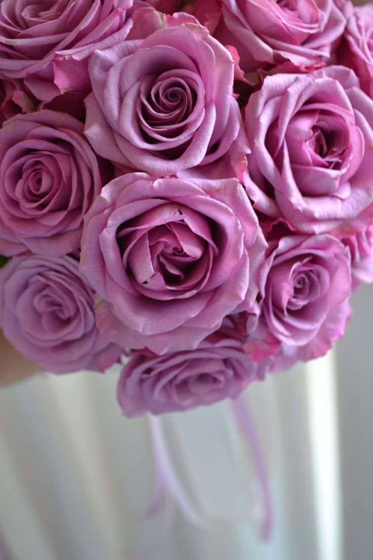 cool water roses bouquet