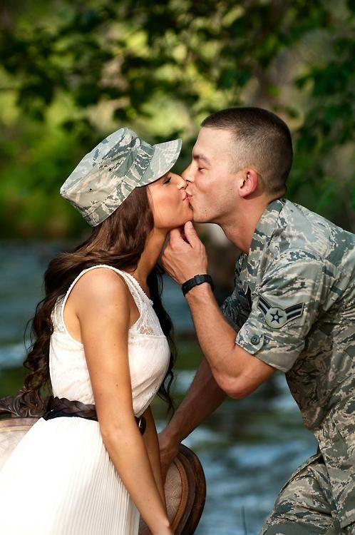 To really showcase the bride and groom in adorable engagement pictures, have your military man wear his uniform!