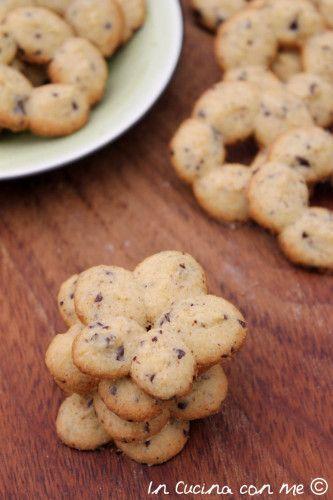 Spara-Biscotti con nocciole e cioccolato
