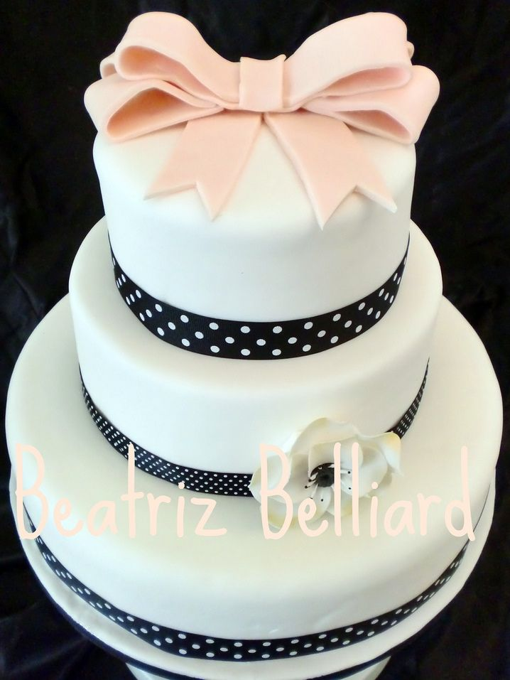 Faire Appel à Un Cake Designer Pour Son Gâteau De Mariage  Blog