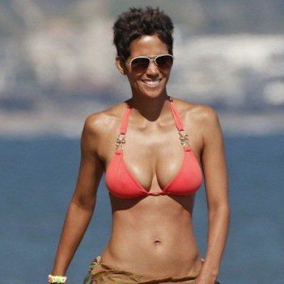 Halle Berry's Trainer Shares Her Body-Sculpting Free Weight Workout