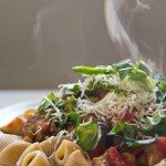 Last Friday, pizza. This Friday, pasta. This pasta. Is so good. I've been on a pasta hiatus for a little while.Not on purpose. It's just not something I've been craving. Then thi…