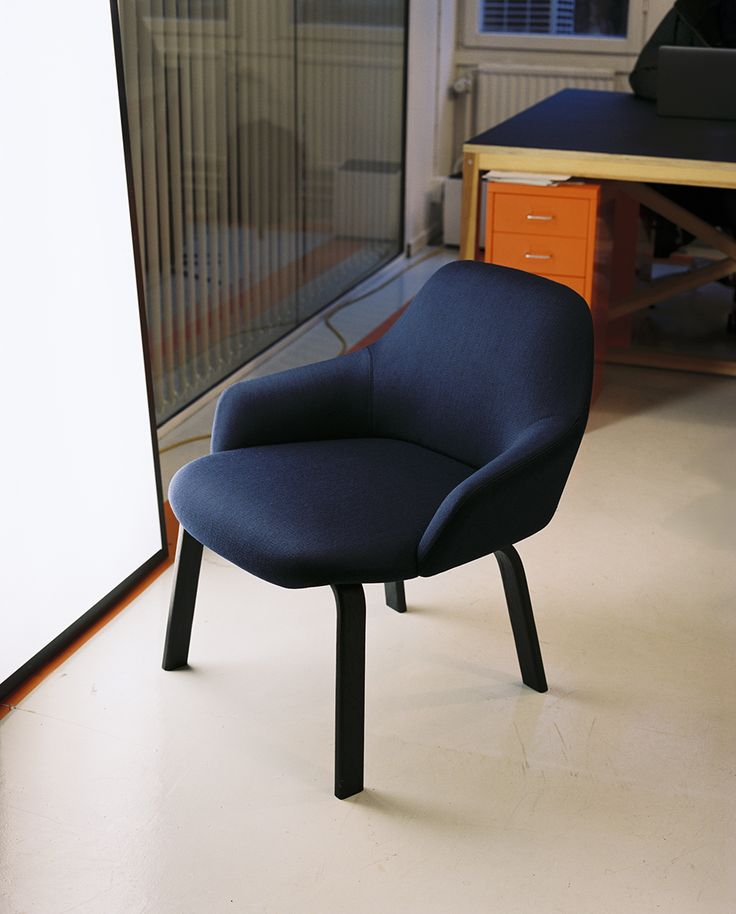 Armchair Hug by Monica Förster Fåtölj Hug av Monica Förster  Hug is designed by Monica Förster to be a subtle and soft-spoken piece of furniture, easy to fit into any kind of environment. Compared to many other armchairs, it is smaller in size. Its shapes are warm and welcoming but balanced with a strong and independent character. The aesthetics allude to a certain kind of Scandinavian elegance, but in an updated version, based in a more contemporary approach.