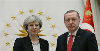 Τολμηρά βήματα στο Κυπριακό ζήτησε η Μέι σε επικοινωνία με Ερντογάν