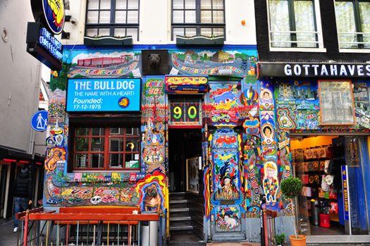 Coffeeshop The Bulldog nr 90 in Amsterdam