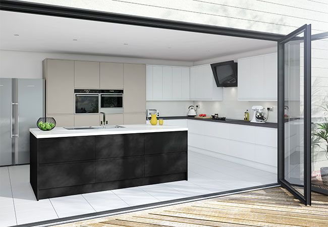 Academy Pinova Matt J Profile kitchen. Seen here in White as well as many other colours that are available.