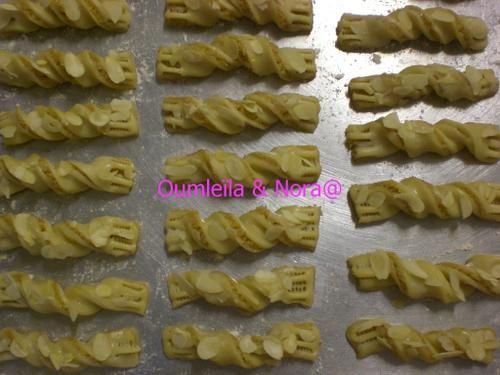 A base de cacahuètes - Kâab el ghazal… - Eventails - Mes merakchiettes - Dziria - Torsadés (ou… - Halawiyat Maghribiya