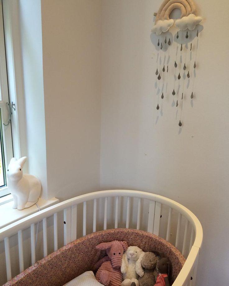 Pretty nursery with oval crib  #jellycat #heico #bunnyinthewindow