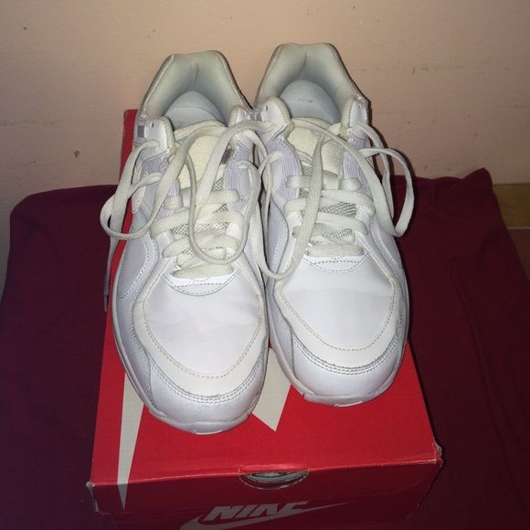 Nike men's shoes. Nike men's shoes, white sneakers. Worn, with box. Nike Shoes Sneakers