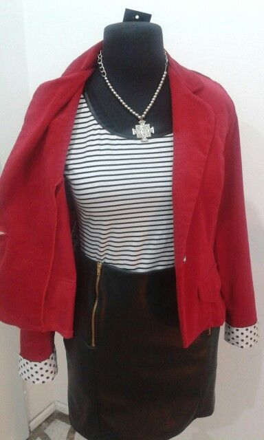 Blazer corderoy + remera rayada con ecocuero + falda de ecocuero by Si chiama Paolina ♡