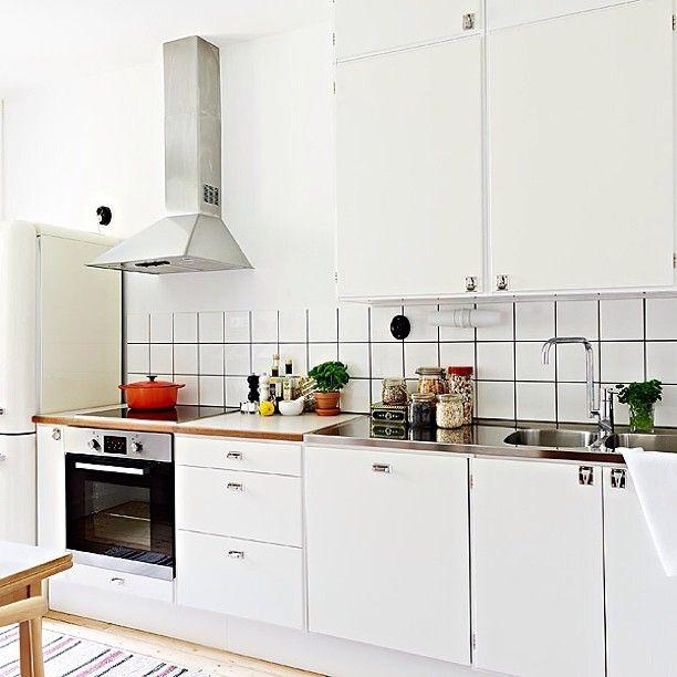 Retro köksluckor på IKEA stommar #ikea #retro #retrokök