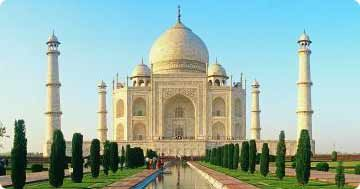 Tajmahal Tours offers you an exciting journey to the beautiful places of Agra. A charismatic kaleidoscope of natural attractions and glorious past, Agra Tourism has a lot to offer.