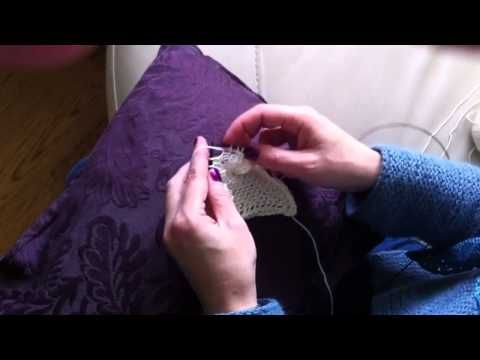 How to cable 2 stitches without a cable needle, or having to transfer stitches, Emma Fassio   Very interesting!