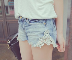 DIY: Cute Ideas, Laceshort, Lace Jeans Shorts, Jeanshort, Denim Shorts, Diy, Lace Shorts, Jeansshorts, Old Jeans