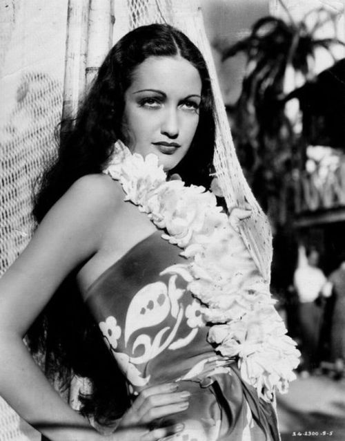"""Dorothy Lamour, before the Road pictures with Bing Crosby and Bob Hope Dorothy Lamour made several movies with Jon Hall and one of them was the classic """"The Hurricane"""" 1937"""