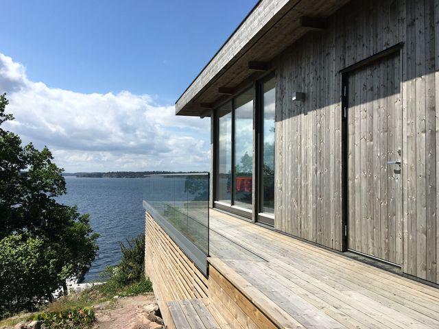 www.sommarnojen.se #sommarhus #fritidshus #naturmaterial #skandinaviskdesign #skandinaviskarkitektur