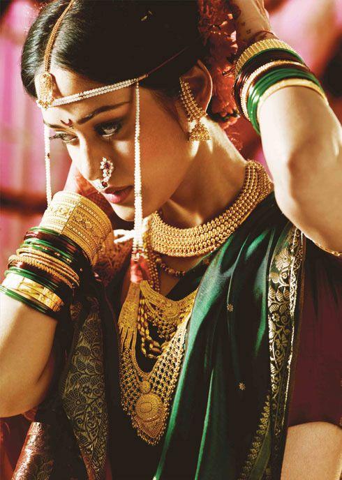 http://weddingstoryz.blogspot.in/ Indian Weddings Desi Weddings Bride makeup jewelry Bangles and the Bride marathi maharashtrian bride