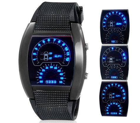 Ombia: Reloj Led deportivo tipo tablero de Carro    $ 20....