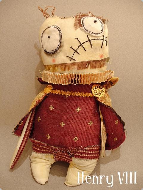 Henry VIII  bahaha!!! its so ugly, I need it!!