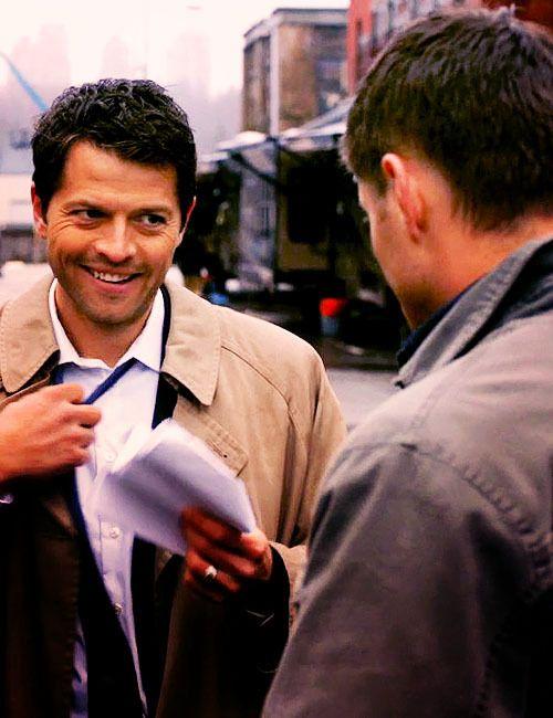#Castiel #Supernatural>>Misha playing Misha and Jensen playing Jensen...lol great episode! :)