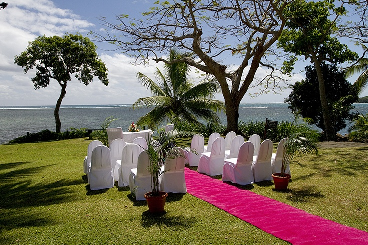 Fiji wedding venue in magenta with ocean view. Pure Fiji with our travel planner PJ