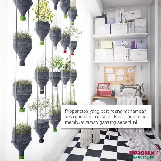 Propanerss yang berencana menambah tanaman di ruang kerja, kamu bisa coba membuat taman gantung seperti ini #Reuse Siapa yang bisa buat?