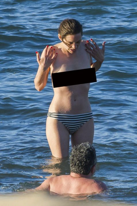 MARION COTILLARD TOPLESS IN THE CANARY ISLANDS