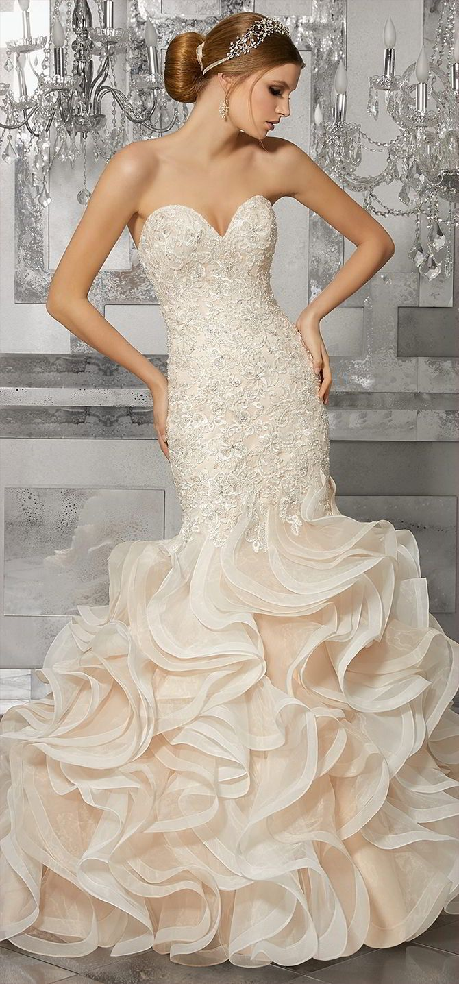 Glamorous Mermaid Wedding Gown Featuring Crystal Beaded Embroidered Lace Liqués And A Circular Flounced Organza