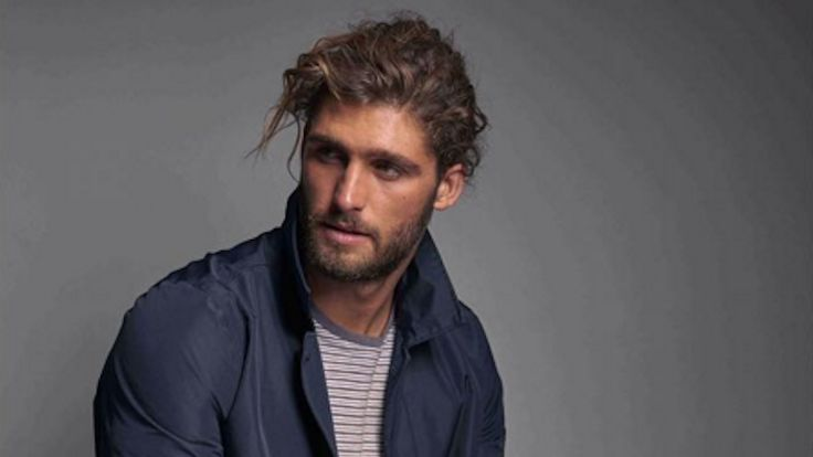Will You Buy More Abercrombie & Fitch Because of This Bearded and Grown Male Model?