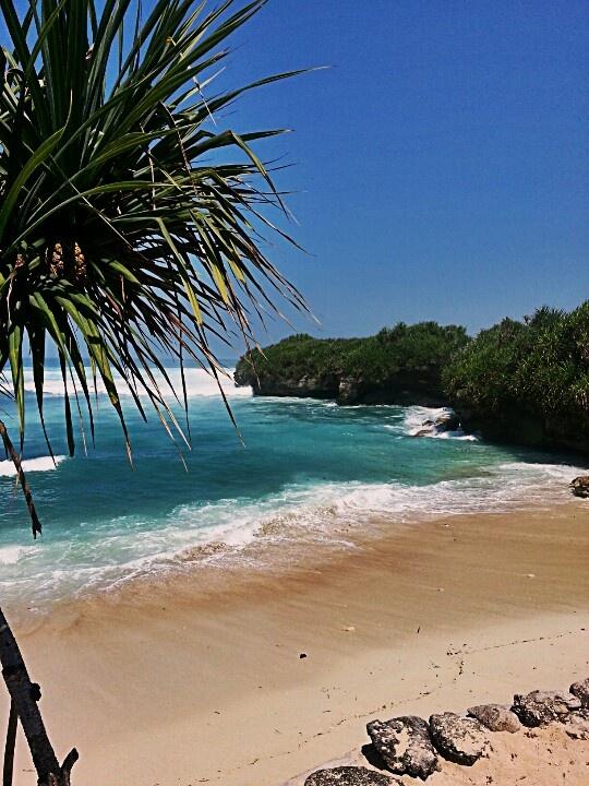 dream beach, nusa lembongan bali
