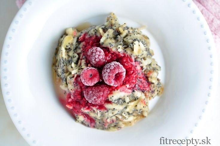 Ovocie s chrumkavým makom - jednoduché a zdravé raňajky bez výčitiek - FitRecepty