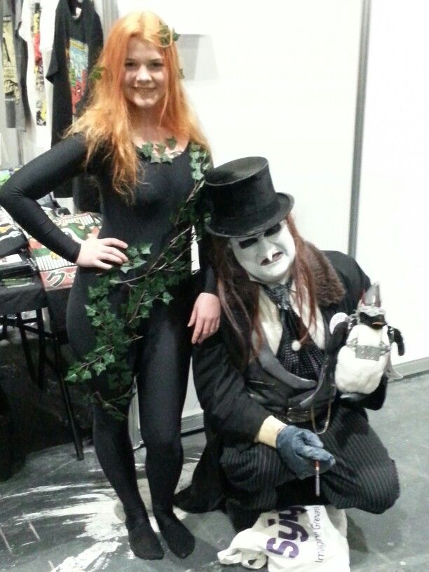 Cosplaying the New 52 Poison Ivy- with Danny Devito's Penguin!