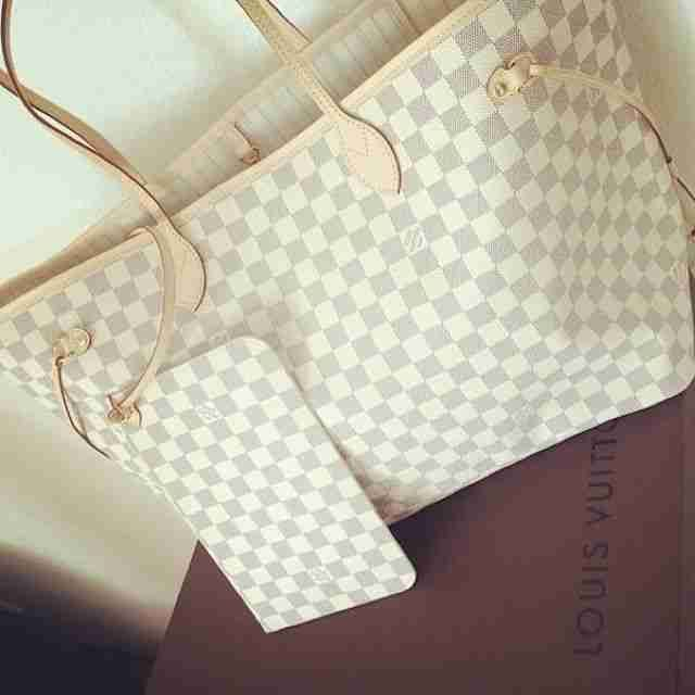 Street Styles   Louis Vuitton Handbags #Louis #Vuitton #Handbags 2015 Latest LV Handbags Online, Pls Repin It And Buy Now, Not Long Time Lowest Price, Thx.