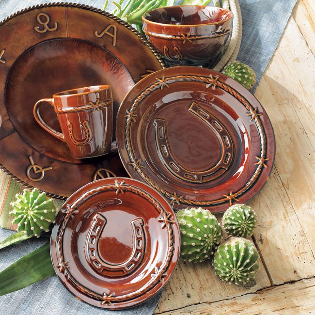 Horseshoe dinnerware set 16 pcs house country for Pictures of western style kitchens