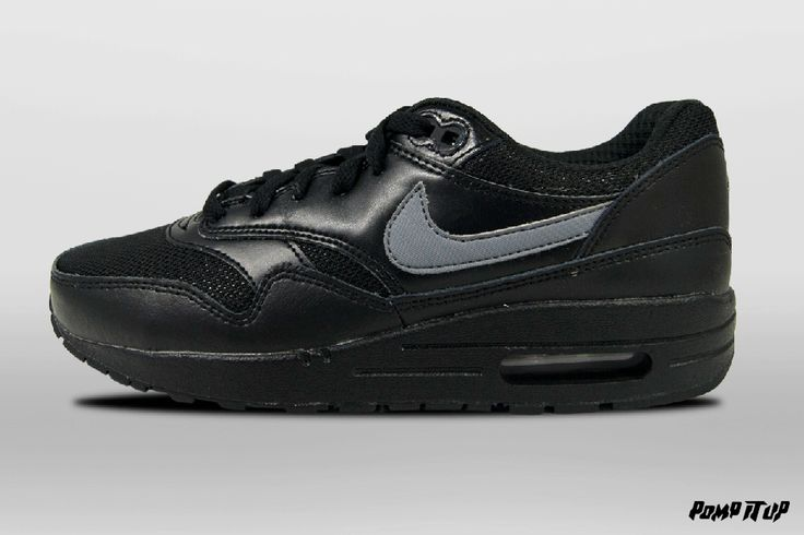 Nike Air Max 1 (BLACK/COOL GREY-WHITE) For Kids Sizes: 35 to 40 EUR Price: CHF 120.- #Nike #AirMax #NikeAirMax #AirMax1 #Sneakers #SneakersAddict #PompItUp #PompItUpShop #PompItUpCommunity #Switzerland