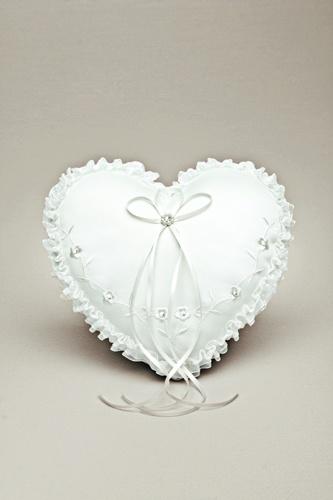 Herz Ringkissen für die romantische Hochzeit.