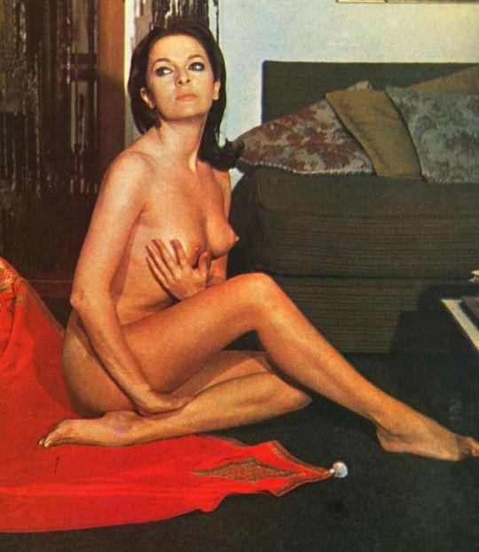 Nude big boobe goth women