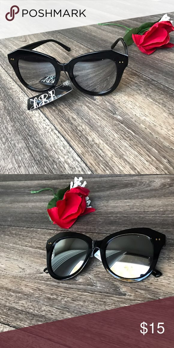 Mirror Effect Shades 👓 400 UV Cute Shades!🕶 Amazing tint - Mirror Effect! - I ship SAME DAY and w/FREE GIFT💋 - - - • Brand New Boutique Item ! • Don't forget to Bundle ! • I Accept Offers  • Instagram : @ExcuseMyBeat Accessories Glasses