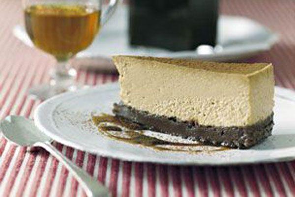 RECEPT. Cappuccino cheesecake met chocoladebodem - De Standaard