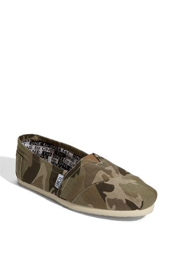 And, there you go, hunting shoes! TOMS