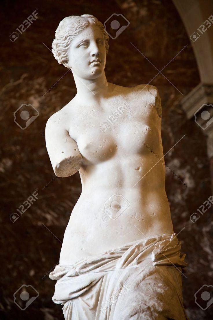 Statue De La Déesse Aphrodite Grecque, Découverte Sur L'île De ...