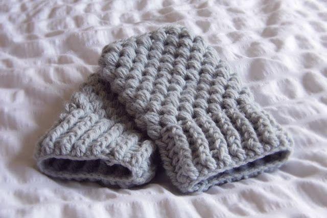 Crochet Puff Stitch Wrist Warmers
