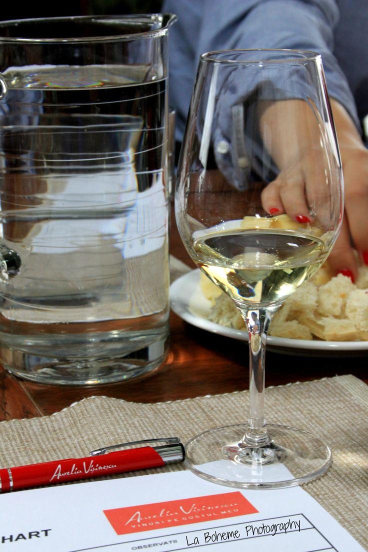 Domeniile Sahateni wine tasting. White wine signed Aurelia Visinescu. https://www.facebook.com/AureliaVisinescuWines