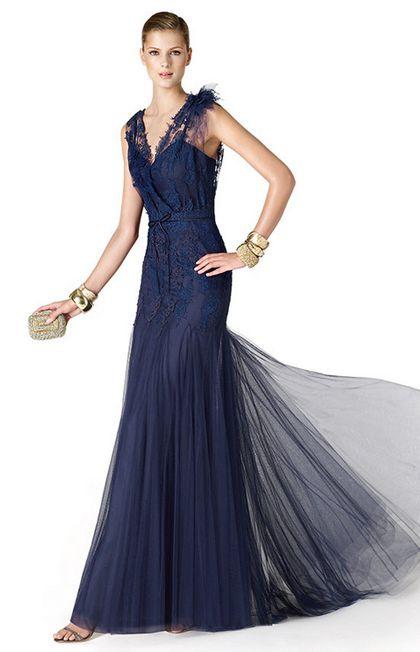 Vestidos de Encaje Azul Marino - Para Más Información Ingresa en: http://imagenesdevestidosdenovia.com/vestidos-de-encaje-azul-marino/
