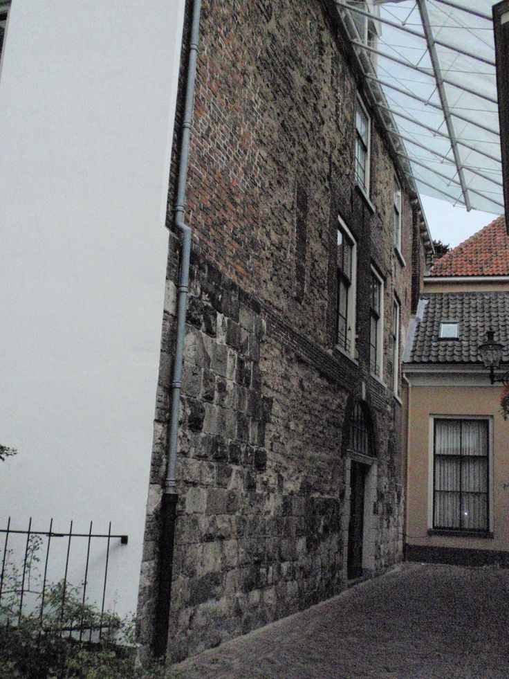 Oudste Stenen Huis in Holland (Deventer)