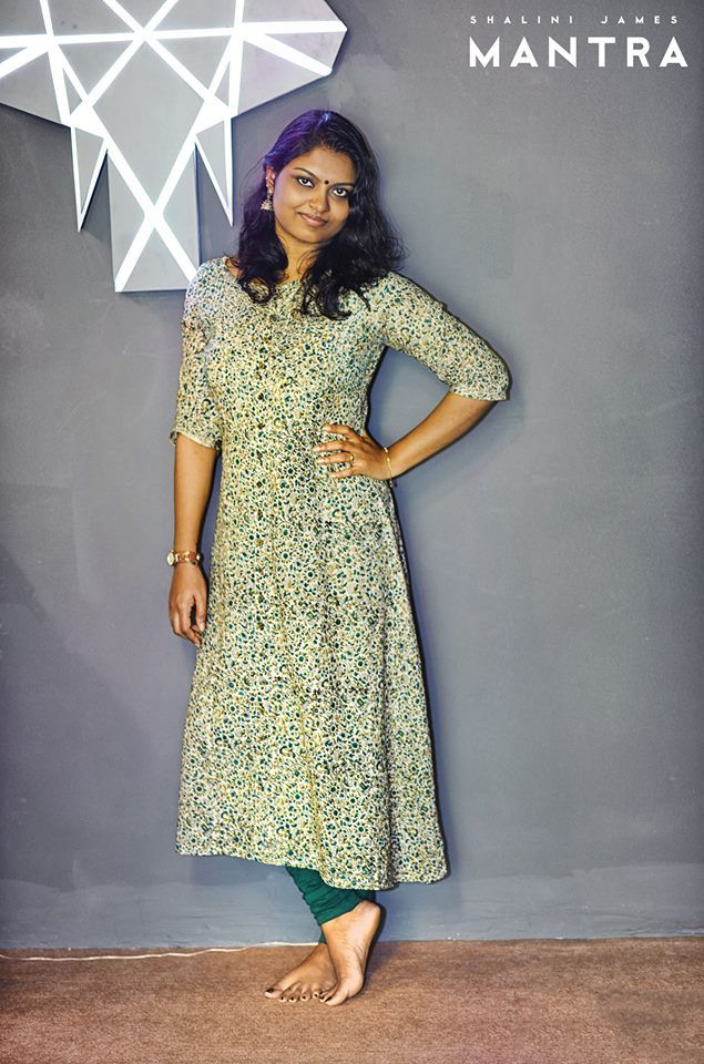 Dhanasree looking beautiful in this floral printed kurti - her latest buy from our Calicut outlet! Thank you Dhanasree for sharing this lovely moment with us!