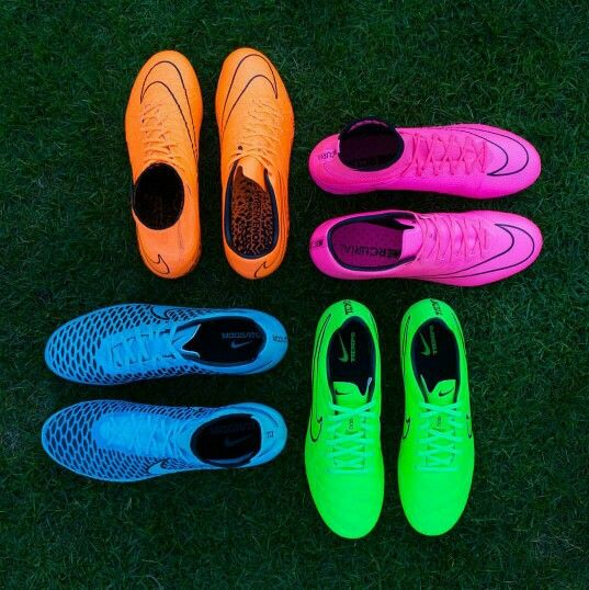 how to get green stains off bottom of football boots