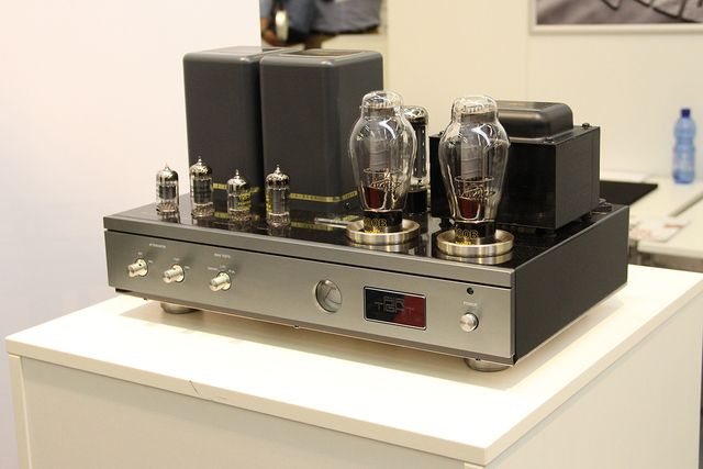 AIR TIGHT    30周年記念モデルとなるATM-300 Anniversary