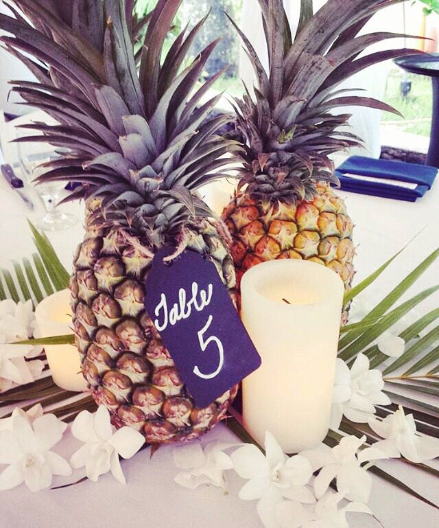 : ℬeautiful wedding decor (pc: jeff alencastre) x. #kiele #kielehawaii  IG: @ki_ele