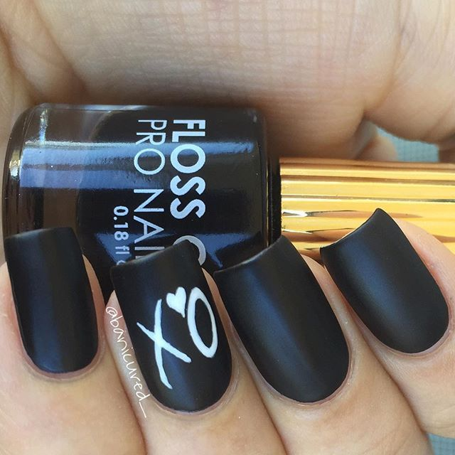 """The Weeknd feat. @flossgloss Black Holy  @abelxo ⚫️⚪️"" Photo taken by @banicured_ on Instagram, pinned via the InstaPin iOS App! http://www.instapinapp.com (02/15/2016)"